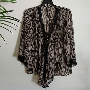 Love Stitch Sheer Animal Print Layer Blouse M